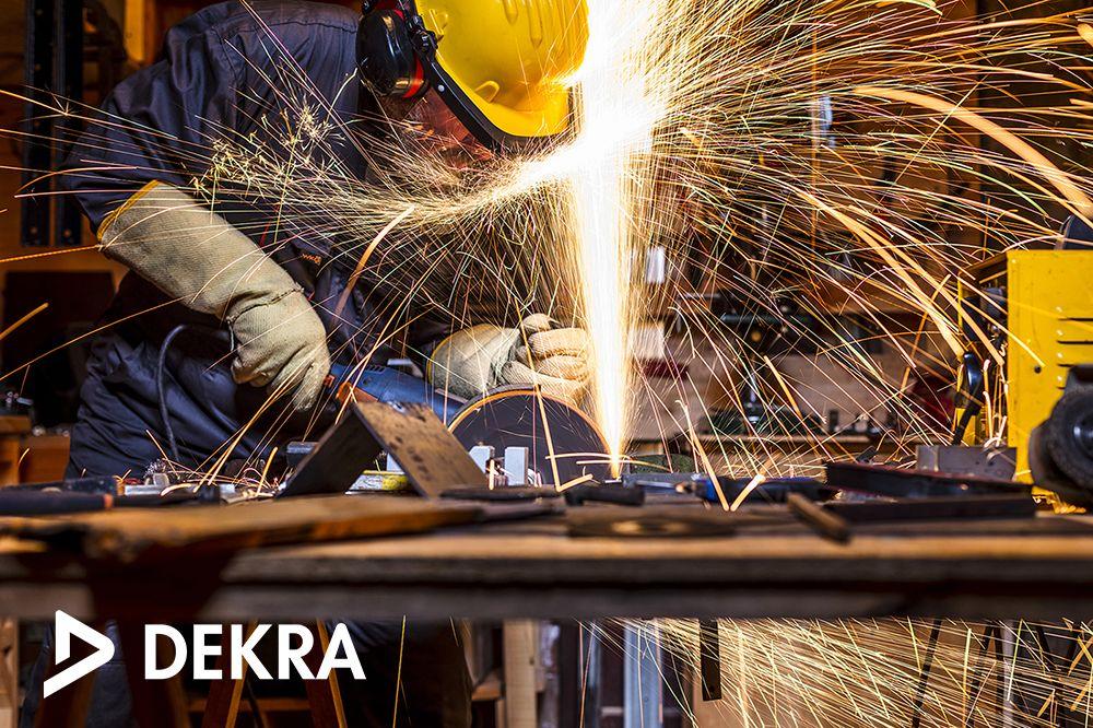 Foto de Formaciones de DEKRA para los profesionales del sector del