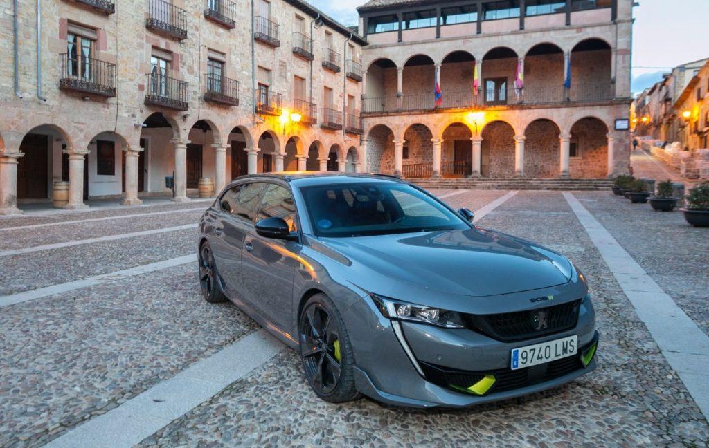 Foto de Peugeot elige Sigüenza para presentar su nuevo modelo 508
