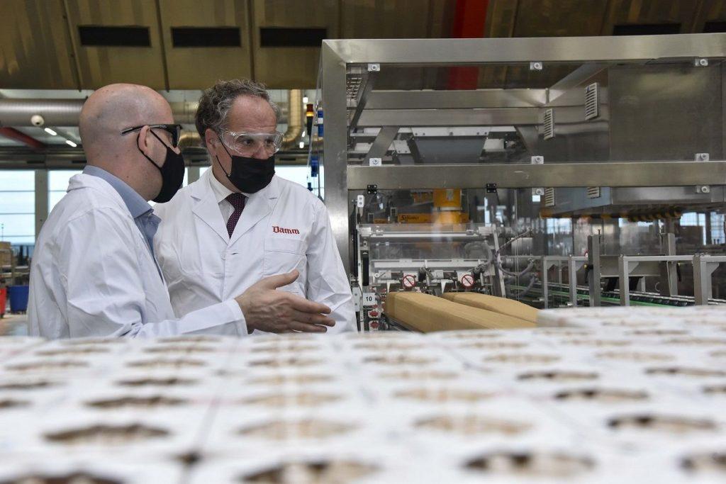 Foto de Visita de Demetrio Carceller Arce a la fábrica de El Prat de