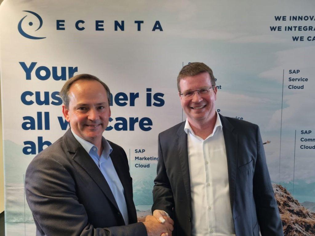 Foto de Firma del acuerdo entre de VASS con ECENTA AG